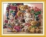 """Набор для вышивания """"Семья медведей"""""""